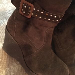 Great Winter Boots - EMU